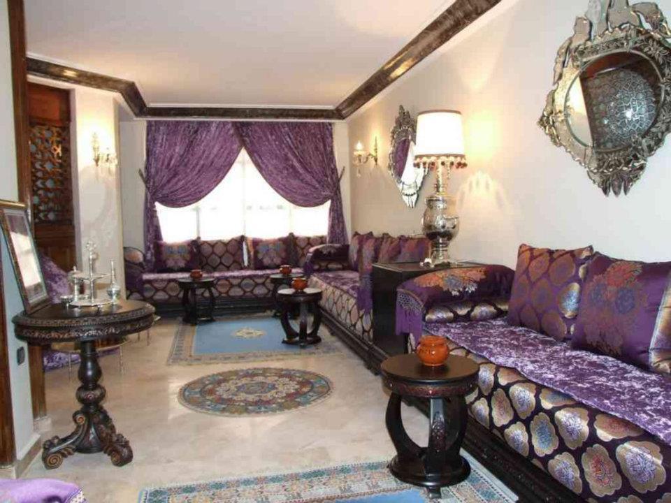 salon marocain tissu moderne d co salon marocain. Black Bedroom Furniture Sets. Home Design Ideas