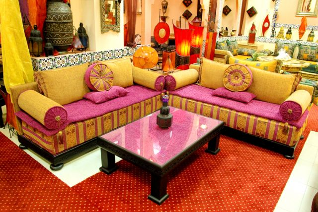 d coration de salon marocain oriental d co salon marocain. Black Bedroom Furniture Sets. Home Design Ideas