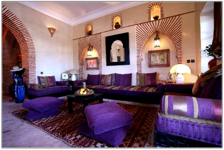D coration de salon marocain oriental d co salon marocain for Decoration salon oriental