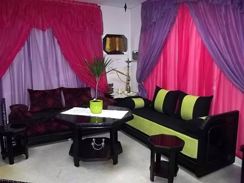 salon marocain moderne : velours ou Mobra - Déco salon marocain