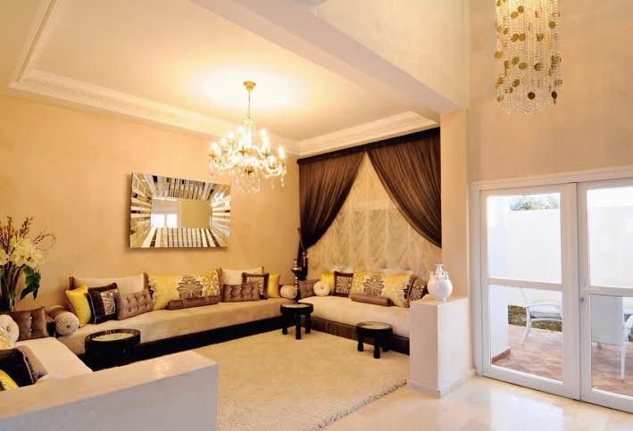 salon marocain en agréable tissu