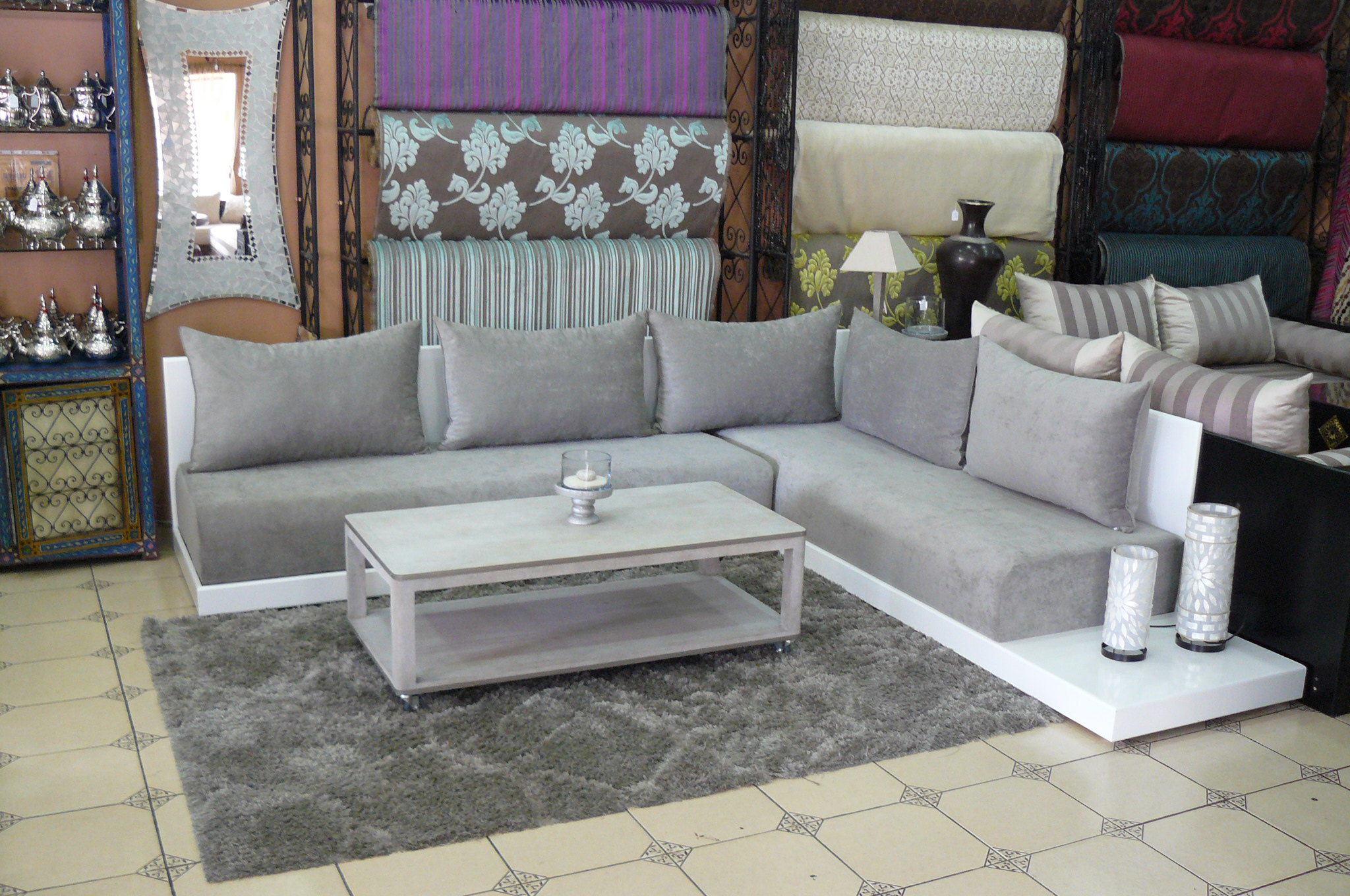Vente de salon marocain montr al d co salon marocain for Decoration salon simple