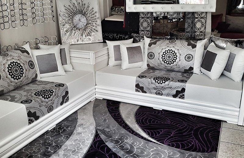salon marocain moderne blanc et gris pr l vement d 39 chantillons et une bonne id e. Black Bedroom Furniture Sets. Home Design Ideas
