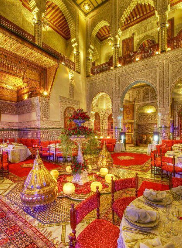 Salle de mariage avec décoration marocaine mode 2016
