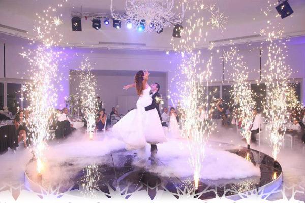 Salle de mariage avec décoration marocaine - Déco salon marocain