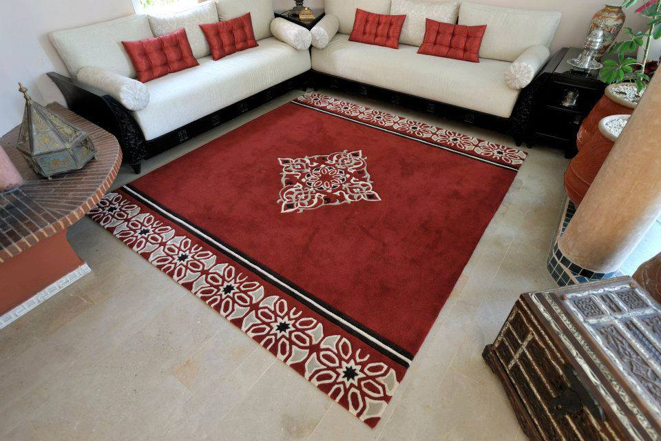 tapis salon marocain rouge. Black Bedroom Furniture Sets. Home Design Ideas