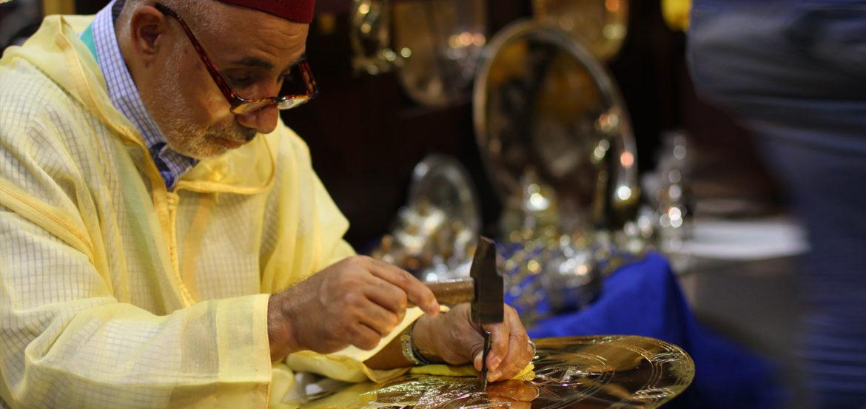 Salon marocain traditionnel design moderne for Salon artisanat