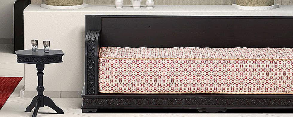 banquettes salon marocain traditionnel. Black Bedroom Furniture Sets. Home Design Ideas