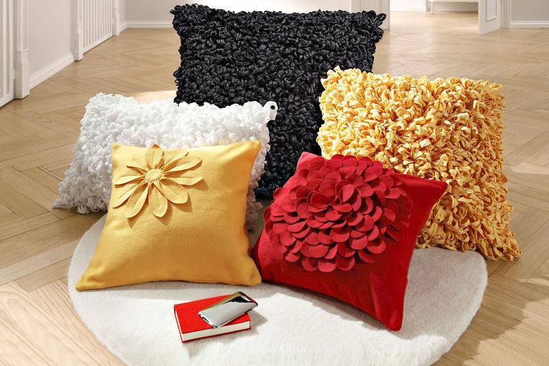 coussins pour salon marocain moderne d co salon marocain. Black Bedroom Furniture Sets. Home Design Ideas