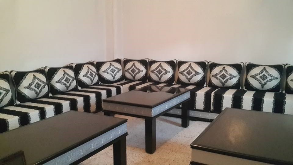 Salon marocain traditionnel design moderne
